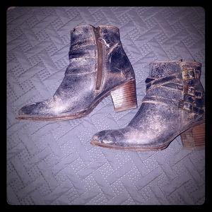 Bed Stu Cobbler Series Begin Ankle Boots